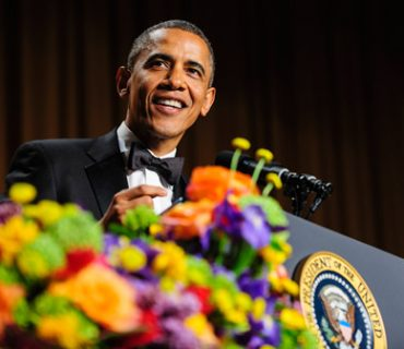 "President Obama Enters To ""All I Do Is Win"" at White House Dinner & Talks Jay-Z [VIDEO]"