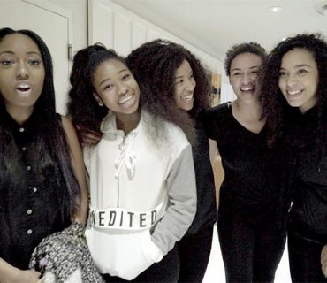 "Kelly Rowland's ""Chasing Destiny"" Group Covers Drake's ""Hotline Bling"" [VIDEO]"