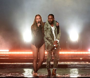"Beyoncé and Kendrick Lamar Perform ""Freedom"" at the 2016 BET Awards [VIDEO]"