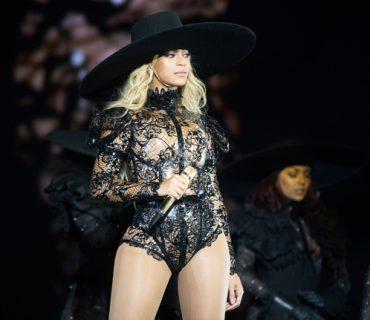"Beyoncé's ""Formation World Tour"" Earned More Than $256 Million"