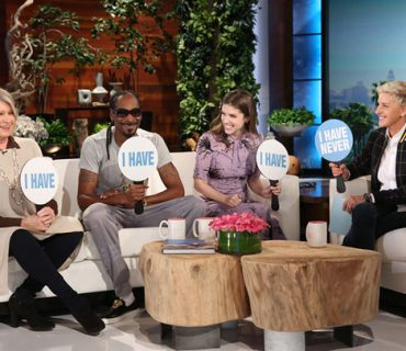 "Martha Stewart and Snoop Dogg Play ""Never Have I Ever"" on ""Ellen"" [VIDEO]"