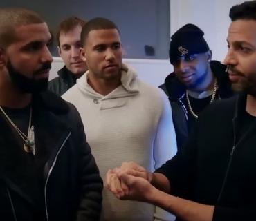 David Blaine Mentions Meek Mill in Magic Trick That Marvels Drake [VIDEO]