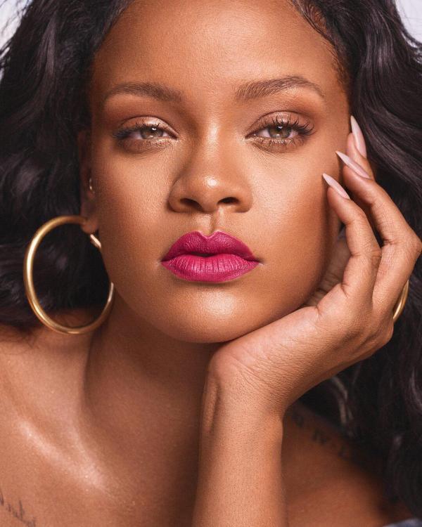 Rihanna Set to Launch a Lingerie Line