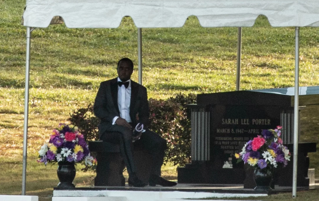 Diddy Delivers a Touching Eulogy at Kim Porter's Funeral [VIDEO]