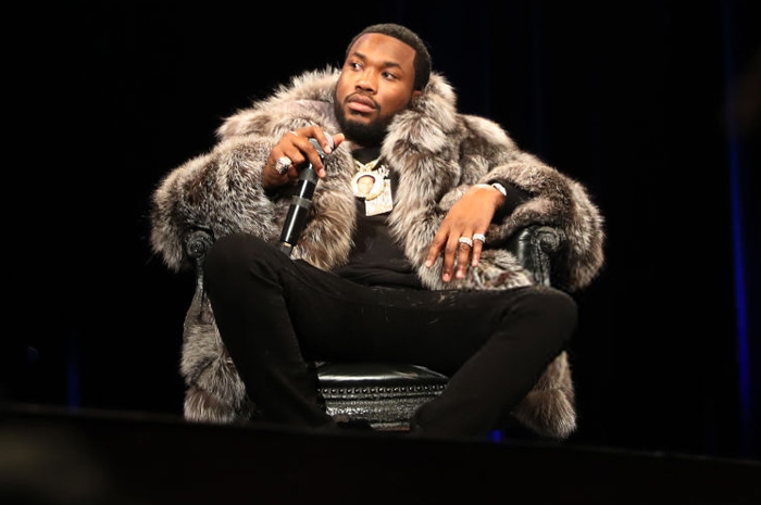 "Meek Mill Talks the Time JAY-Z Accidentally Played ""Back to Back"" on a Double Date with Beyoncé & Nicki Minaj [VIDEO]"